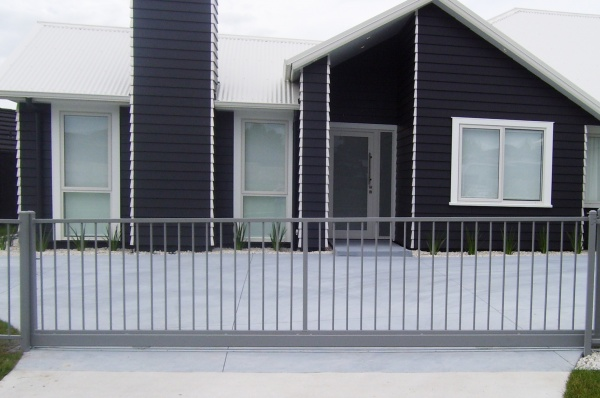 Residential Flat top sliding gate