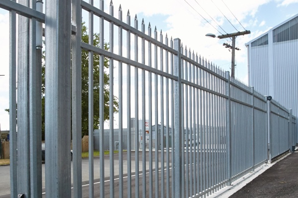 Commercial Defender Speartop Fencing and Automated gates